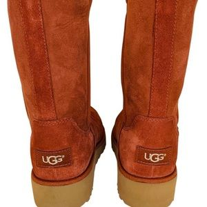 NWT Authentic Mahogany UGG boots size 5.5